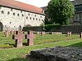 Kloster Arnsburg Gefallenenfriedhof.jpg