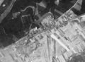 Kobylnica (Poland) seen by the American reconnaissance satellite Corona 98 (KH-4A 1023) (1965-08-23).png