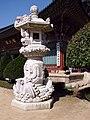 Korea-Gangwon-Woljeongsa Stone Lantern 1726-07.JPG