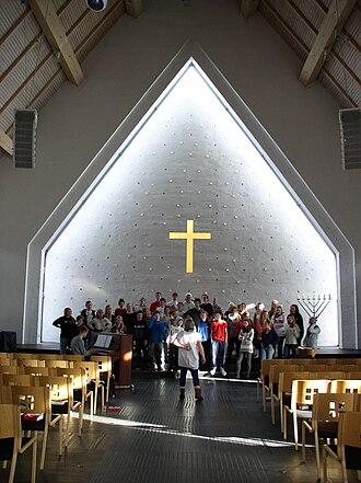Lommedalen - Image: Koret øver i Lommedalen kirke