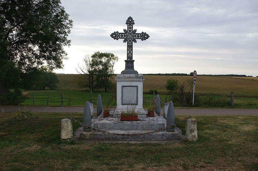 Lahayville im Department Mosel in Lothringen. Das Kriegerdenkmal.