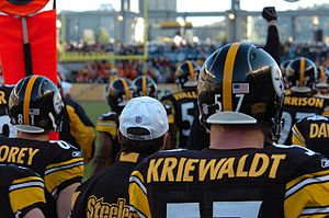 Clint Kriewaldt of the Pittsburgh Steelers pri...