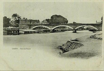 L2009 - Lagny-sur-Marne - Pont de Pierre.jpg