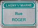 L3221 - Plaque de rue - Rue Roger.jpg