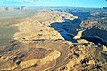 Lac Powell 2016 (from plane) view on the bathtub ring (2).JPG