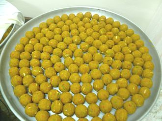 2016 Punjab sweet poisoning - A plate with laddu