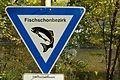 Langenargen Schild Fischschonbezirk (9527975311).jpg