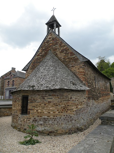 Abside de la chapelle Sainte-Agathe de Langon.