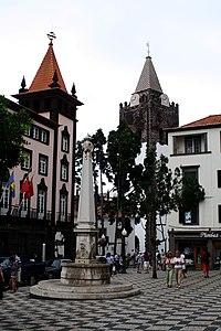Largo do Chafariz, Funchal - 2009-06-27.jpg