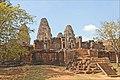 Le Mébon oriental (Angkor) (6807350338).jpg