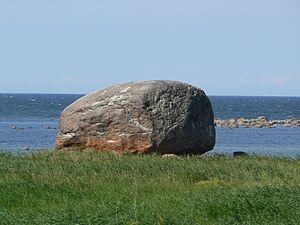 Glacial erratic boulders of Estonia - The Letipea boulder (Ehalkivi), 2009