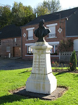 Liart (monument Charles Goutant) 1258.jpg