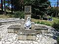 Ljig, Spomenik Darku Miloševiću, 02.jpg