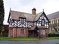 Lodge, Grosvenor Park, Chester.jpg