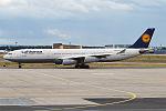 Lufthansa, D-AIGS, Airbus A340-313 (16270237097) (2).jpg