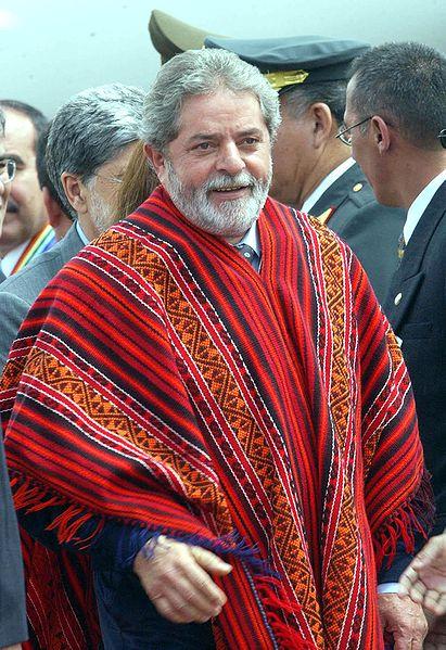 411px-Lula_poncho.jpg