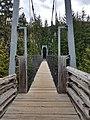 MacLaurin's Crossing suspension bridge over the Cheakamus River (29069788388).jpg