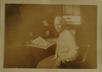 Margaret Q. Adams - Image: Margaret Queen Phillips Adams at work