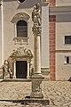 Mariensäule vor der Stiftskirche in Geras.jpg