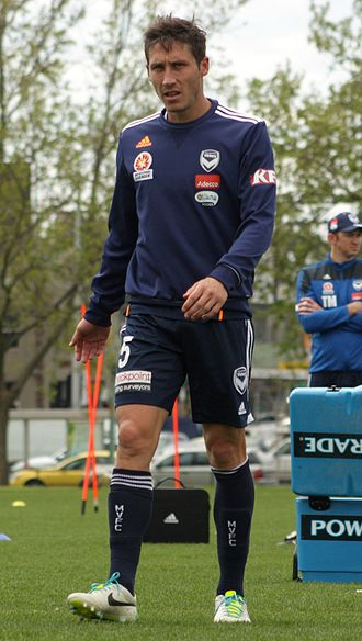 Mark Milligan - Milligan training with Melbourne Victory in 2013