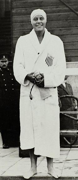 Martha Norelius 1928.jpg