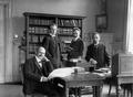 Max Hecker, Hans Wahl, Hans Gerhard Gräf und Julius Wahle (um 1918).png