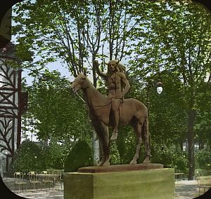The Medicine Man (Dallin) - The Medicine Man at the 1900 Exposition Universelle.