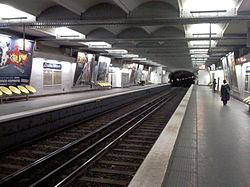 Charles Michels (metrostation)