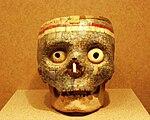 Mexico - Museo de antropologia - Tête de mort.JPG