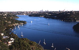 MiddleHarbour0002.jpg