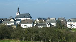 Mittelstrimmig - View from the south