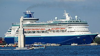 Sovereign-class cruise ship - Image: Monarch Cartagena 2014