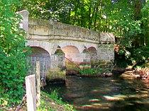 Montreuil-sur-Epte (95) et Dampsmesnil (27), pont d'Aveny.jpg