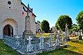 Monument aux morts de la Grande Guerre devant l'Église Saint-Théodule de Marigny (Jura).jpg
