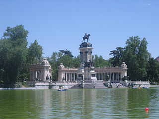 Monumento a Alfonso XII (Madrid) 01d.jpg