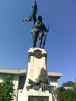 Monumentul eroilor.Alexandria.5.jpg