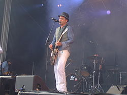 Morten Abel og The September When på Slottsfjell.JPG