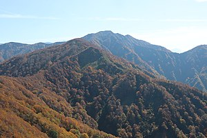 Mt.Inugatake from Mt.Shimokomagatake.jpg