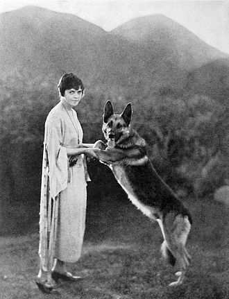 Jane Murfin - Jane Murfin with Strongheart (1923)