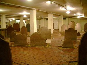 New Haven Green - The crypt at Center Church-on-the-Green