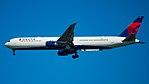 N836MH KJFK (37741852132).jpg