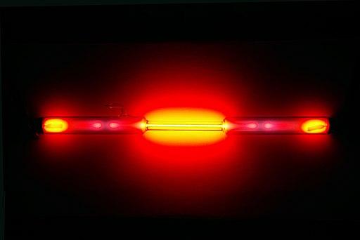 Neon discharge tube