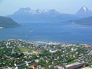 Nesna in the Helgeland district; the Nordland coast has a temperate climate much warmer than the harsh climate at the interior highlands.