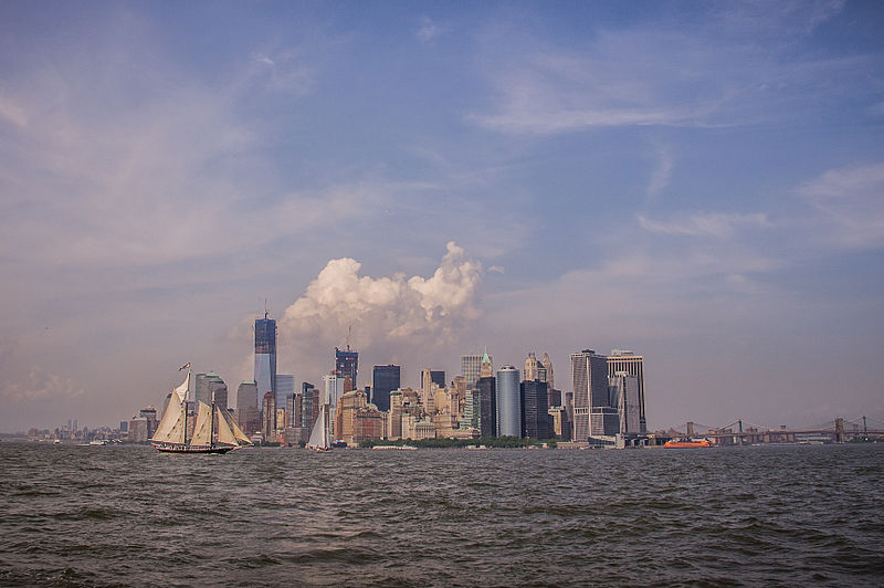File:New York from the Hudson (7259372922).jpg
