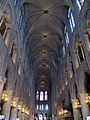 Notre Dame nave 2, Paris June 2014.jpg
