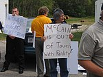 OH Union Members Protest McCain-Palin Visit in Youngstown (2867916081).jpg