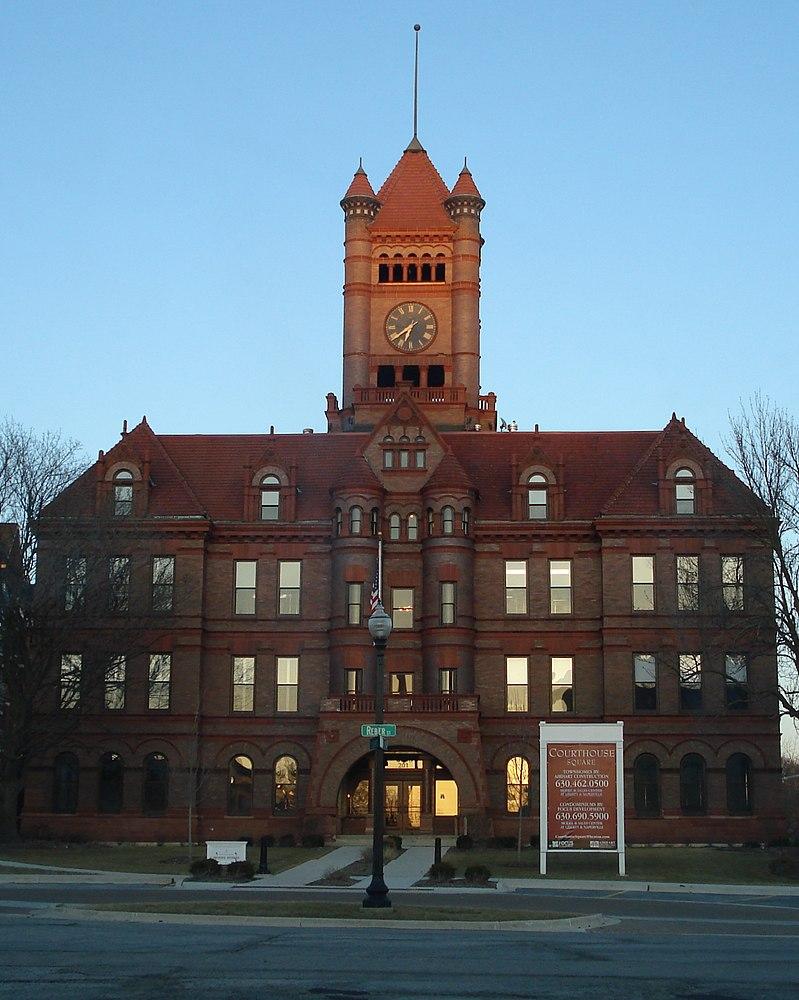 The population density of Wheaton in Illinois is 1798.49 people per square kilometer (4657.58 / sq mi)