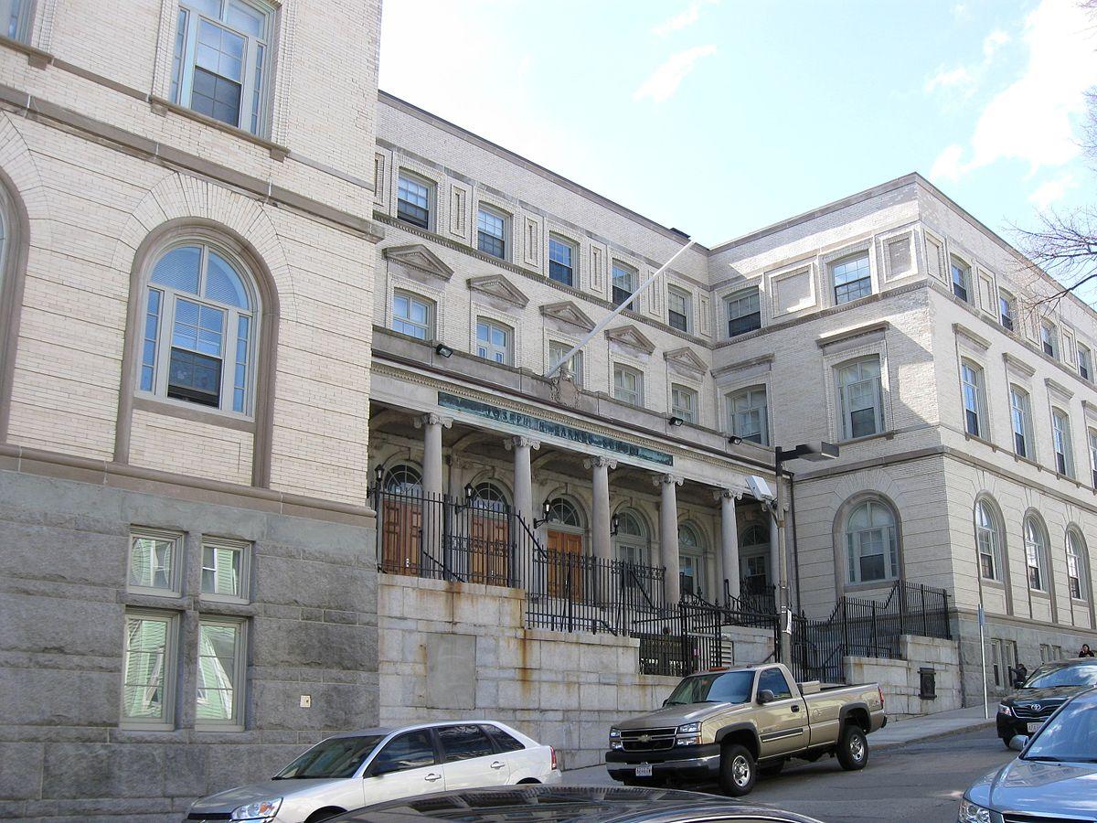 Old East Boston High School - Wikipedia