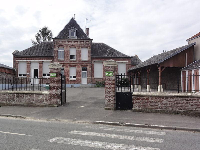 Ollezy (Aisne) mairie-école