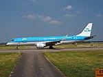 PH-EZI KLM Cityhopper Embraer ERJ-190STD (ERJ-190-100) - cn 19000322 pic2.JPG